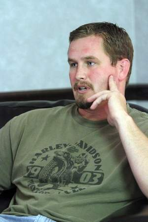 Luc Jensen a trouvé la Méditation Transcendantale comme aide alors qu'il se démène avec les séquelles de son service dans la guerre en Afghanistan.
